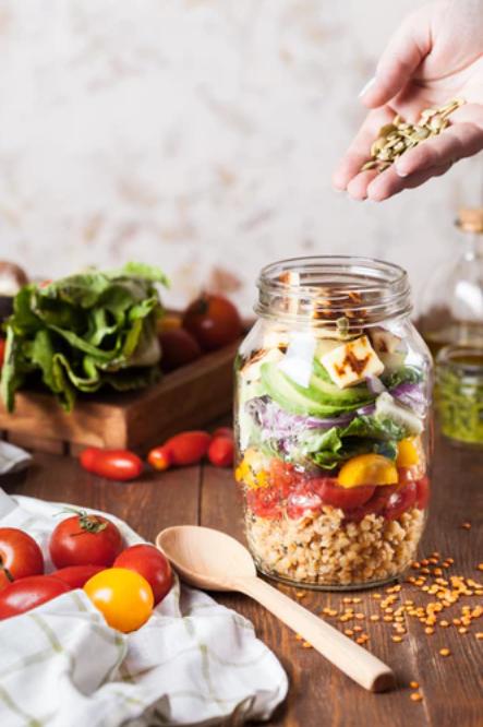Meme_ Parmesan Salad Jar_ Mariana Medvedeva